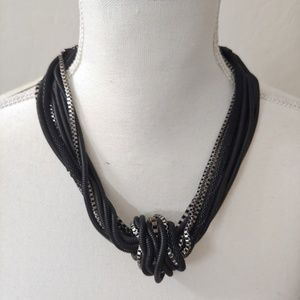 New!!! Kenneth Cole Necklace